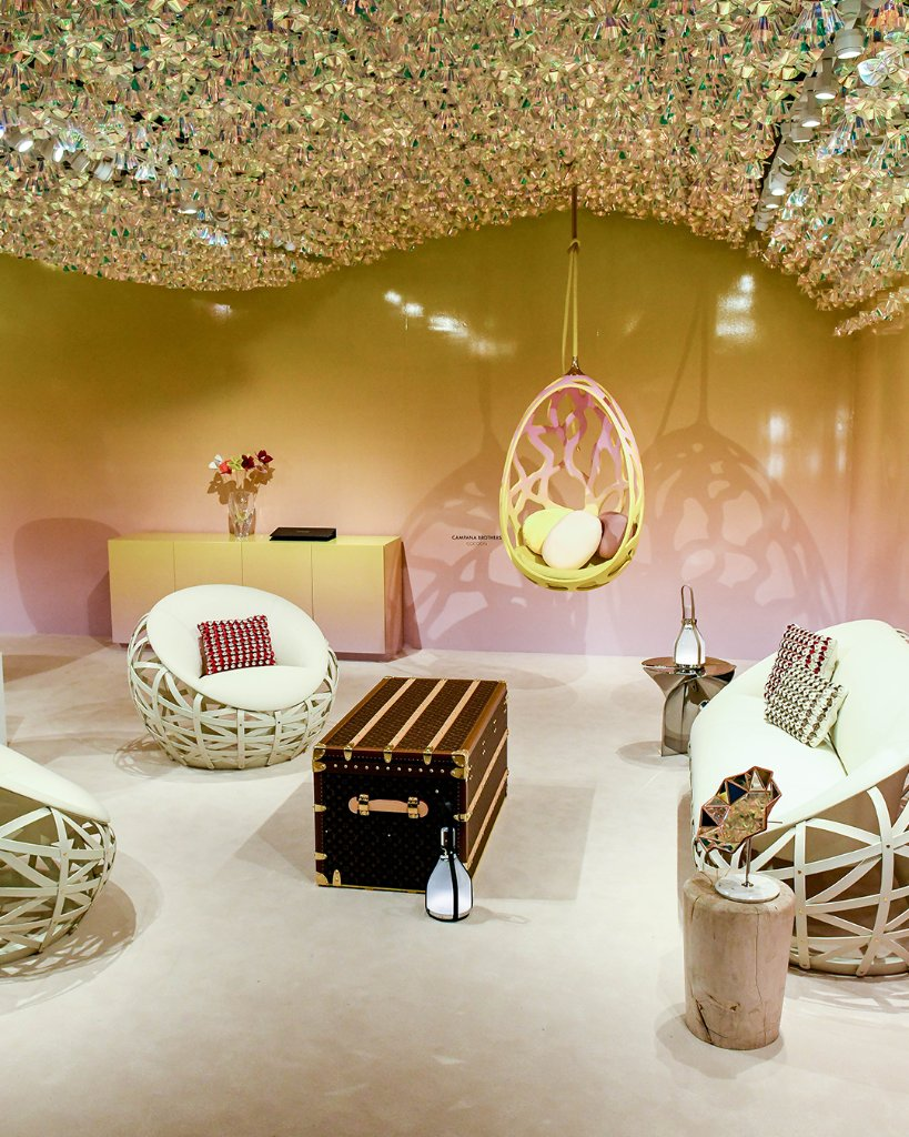 #LVObjetsNomades at #DesignMiami Each year, #LouisVuitton invites some of the world's most renowned designers to contribute to the collection of limited-edition furniture. Discover a selection at the Design Miami/ Fair and learn more at  http:// on.louisvuitton.com/60101r52O    <br>http://pic.twitter.com/Y1X3DNHG9L