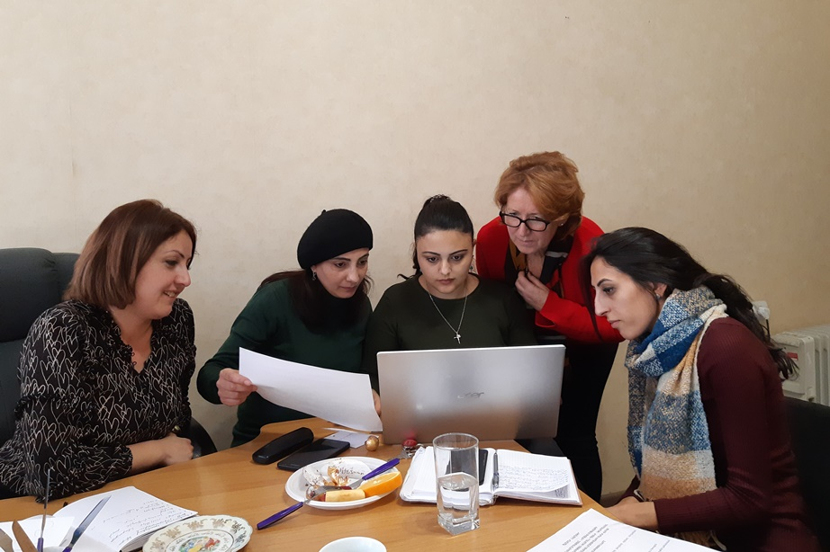 Women at work: In the framework of #EU Water Initiative Plus (#EUWI+) our experts visited the new EMIC #water laboratory premises in Yerevan 🇦🇲. #StrongerTogether @OI_Eau @OECD_ENV @UNECE euwipluseast.eu/en/
