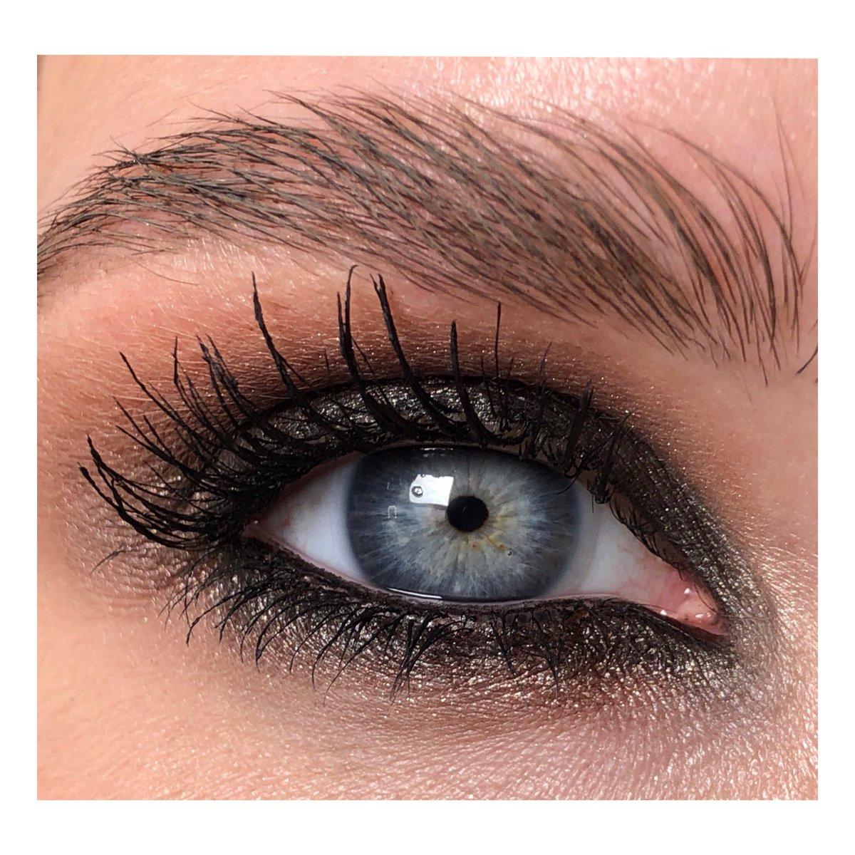 🌑 EYE 🌑 — — — #makeupartist #eyeshadow #макияжглазчелябинск #визажистекб #визажистчелябинск #идеимакияжа #челябинскмакияж #chelyabinskfoto #челябинсксегодня #makeupmoscow #inbeautmag #eyemakeup #makeup74 #makeupnyc #makeupla #makeupeurope  @inbeautmag @modelmalay