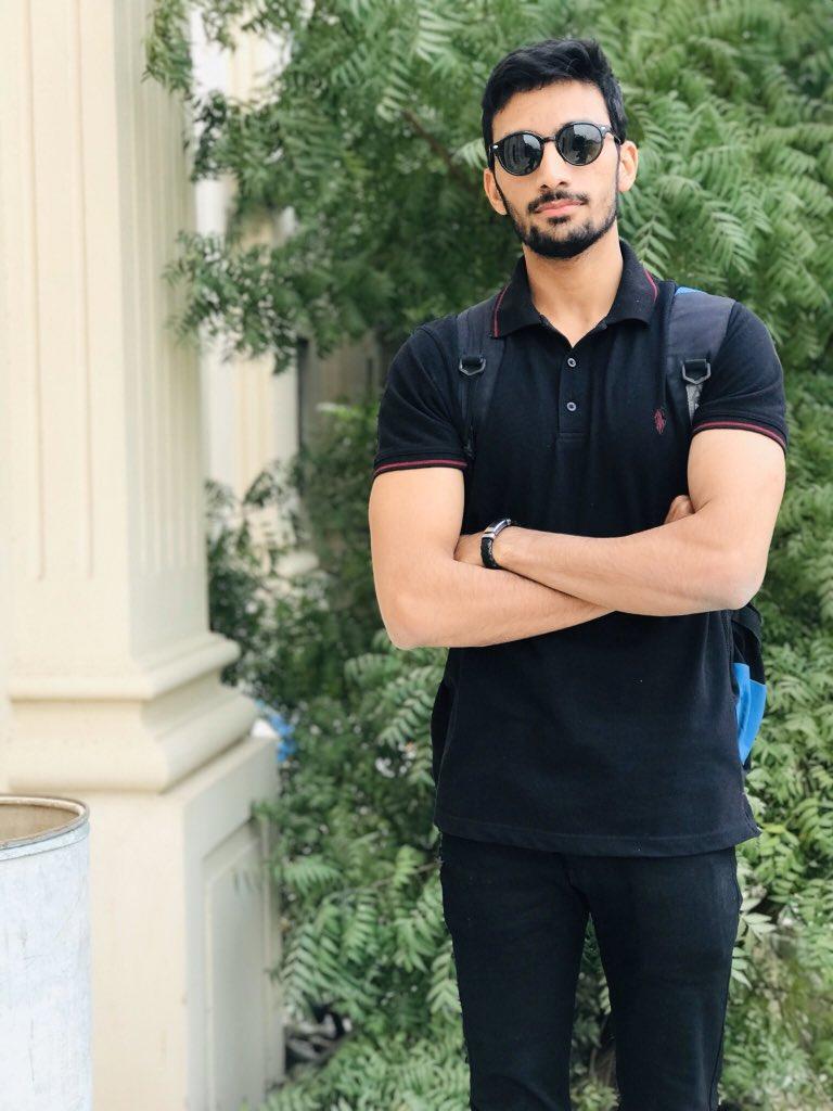 Beautiful Day 💣 #karachi #handsome #Pakistan #tall #black #blacklove #beautiful #BeautifulPakistan #university