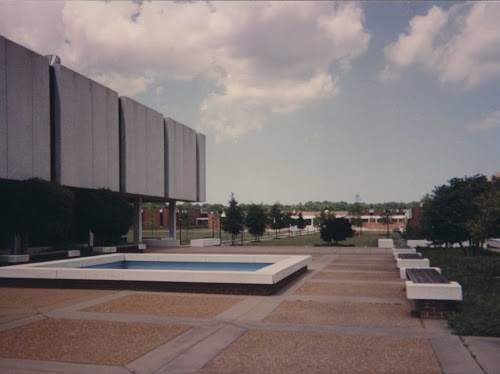 The fountain on Hofheimer Library Plaza has always been a place to reflect. #TBT #VWULibrary50 #VWU