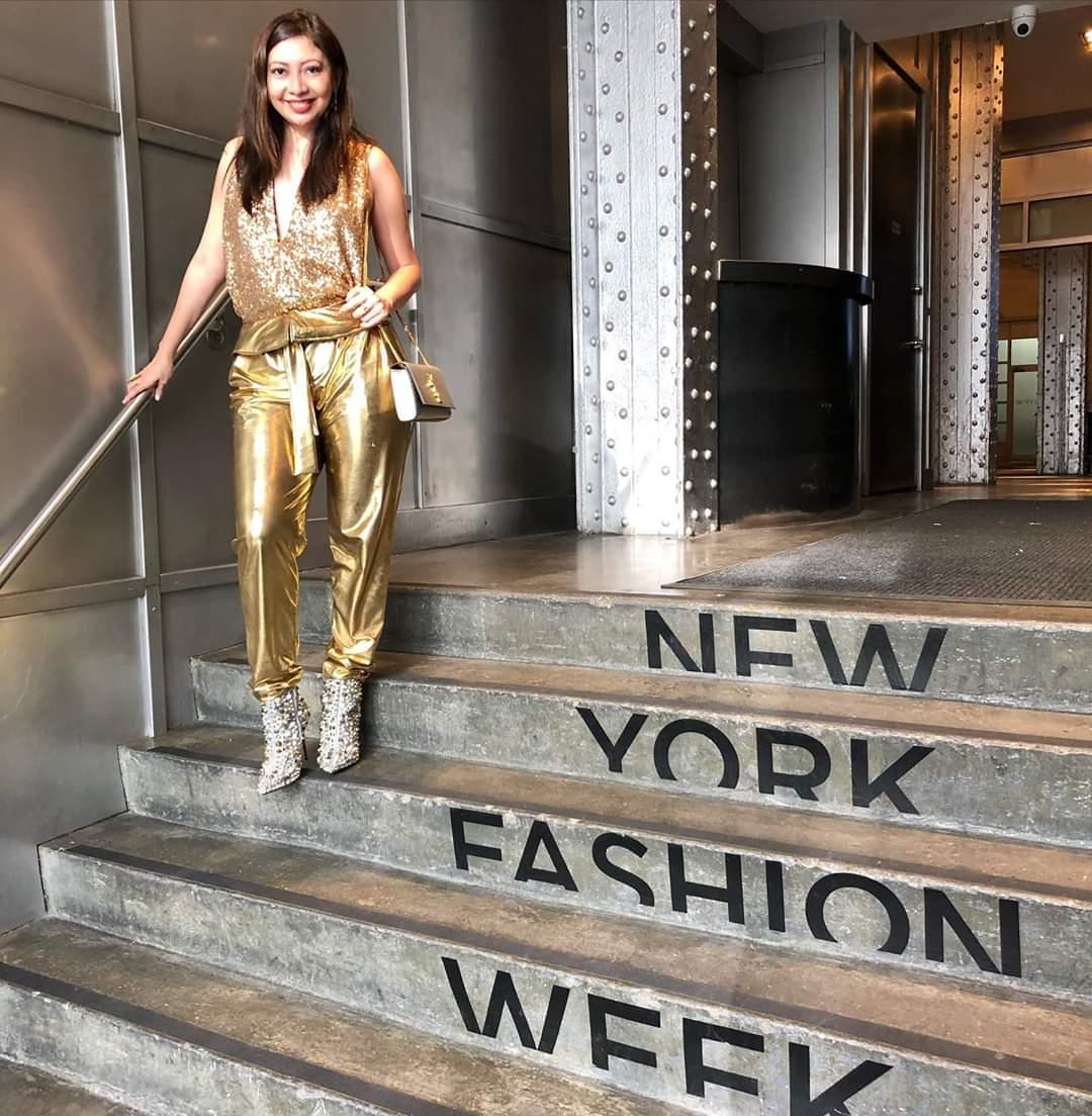 #TBT De mis looks favoritos de este #nyfw fue mi #totallook de mis amigos argentinos #gustavopucheta #nicogalho #modalatina #goldenlook #dorado #moda