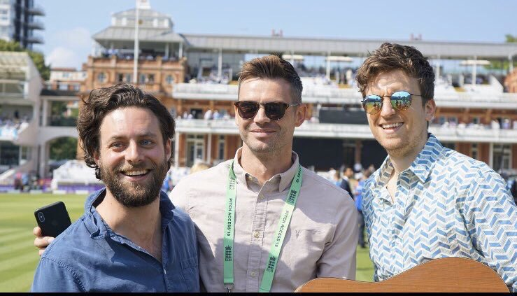 New Tailenders Podcast is out. @gregjames @jimmy9 @felixwhite & @itsmattchin. Plus special appearance by Ian Smith! 👉https://www.bbc.co.uk/sounds/play/p07x0bn6 …#bbccricket #tailendersoftheworlduniteandtakeover