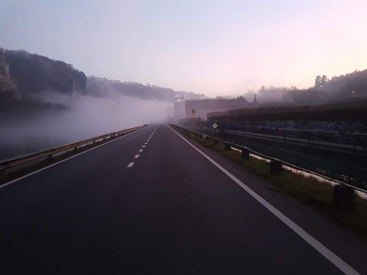 Sortie dans le brouillard #velo #giantbike #cyclo #brouillard #fog #Belgium #chateaudefreyr
