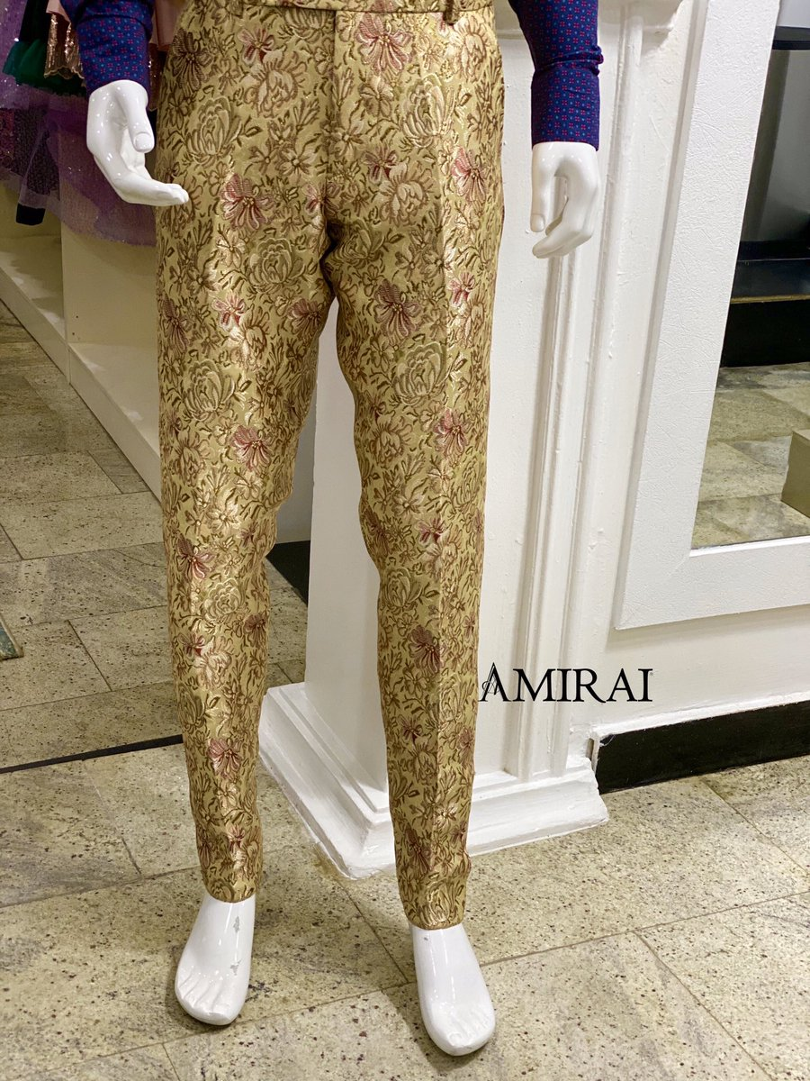 Walk that red carpet in style   CASPER PANT TROUSER  Size 34-40  Super comfy and stylish  Order from our walk in shop or online. Worldwide deliveries Contact : +2348099111108  #naijamenswear  #lagosmenfashion  #abujamenfashion  #bellaniajaweddings pic.twitter.com/bX8nqwhqqq