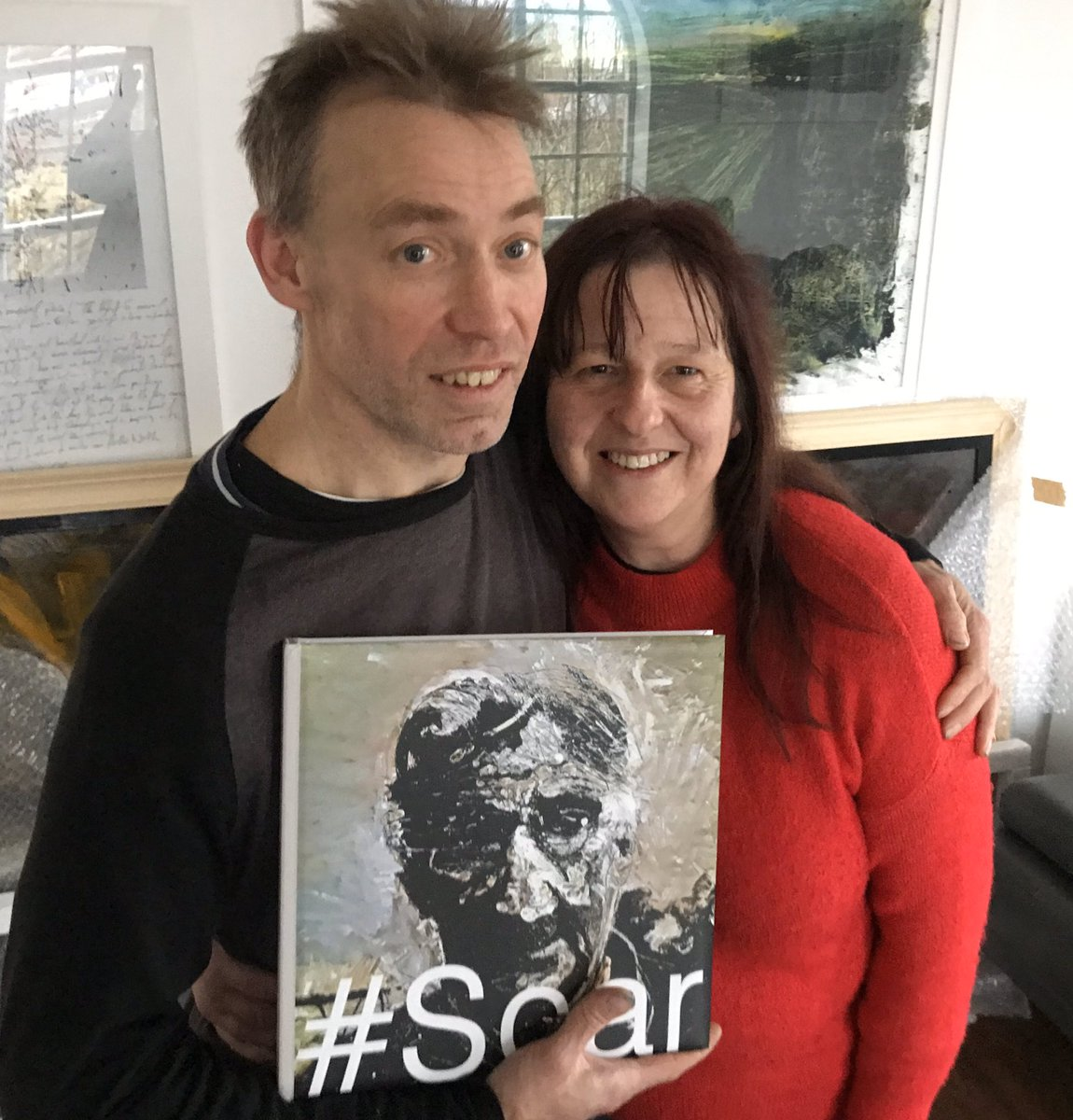 Just spent a very enjoyable afternoon with the excellent @flowerboxorguk and @MinxyOwl at the @theglosthouse collecting my copy of Ian's superb #Scar book & viewing his amazing paintings of Shetland landscapes.  Glost House cake was delish btw!