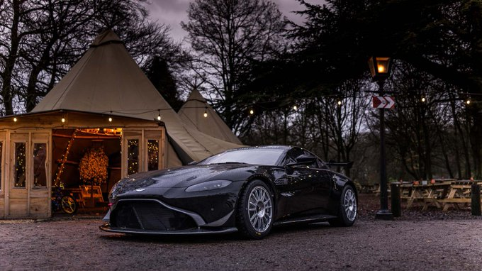 RT @CaffandMac: Christmas season is…