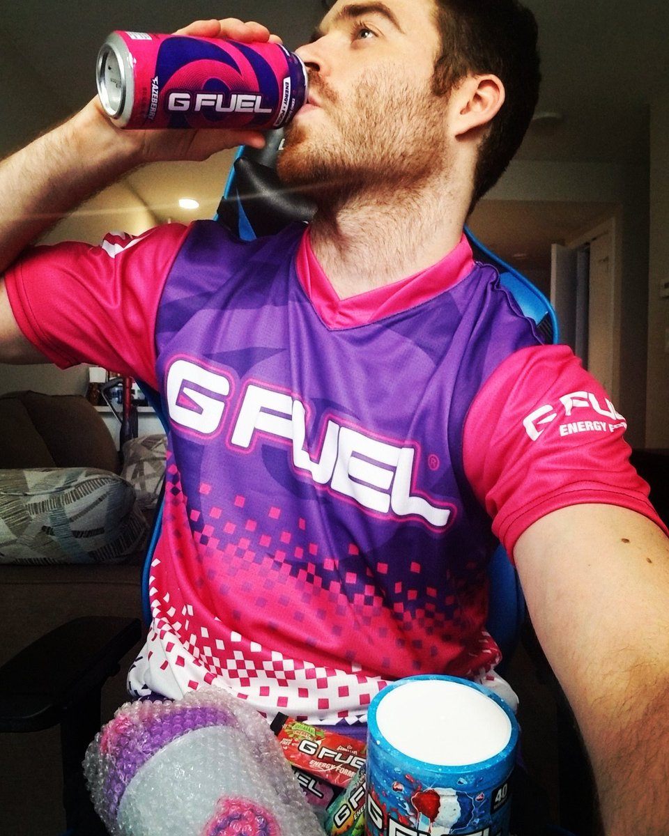 When the lower half of your body is literally #GFUEL...😳....@SgtFidget https://t.co/vqtzGmat77