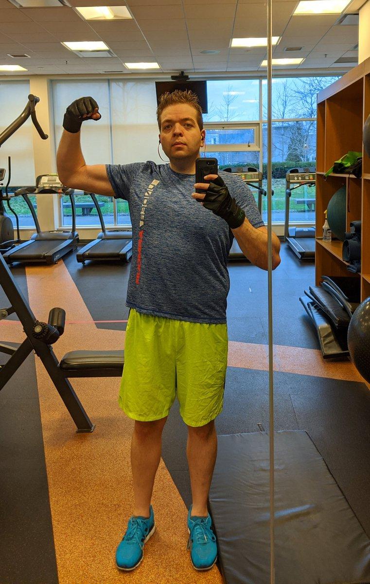 *sweats* #gymday #legday #progesspic<br>http://pic.twitter.com/68j5rKCAqN