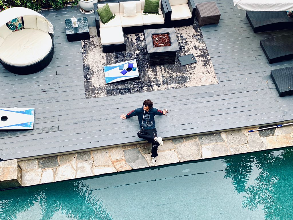 Finally the California sun is out....it's time for the Pool...maybe should dress right for it now at my @airbnb villa in LA #Ad #LAonAirbnb<br>http://pic.twitter.com/PPmRHQLL4u