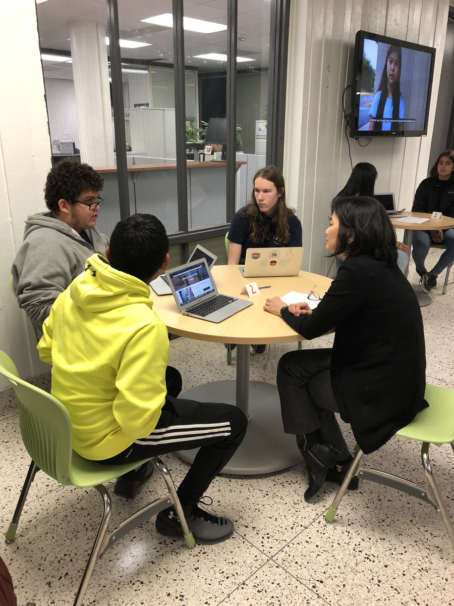 Teen Voices on Vaping and Substance Abuse Community Information Night. Students teaching adults. <a target='_blank' href='http://twitter.com/APSCareerCenter'>@APSCareerCenter</a> <a target='_blank' href='http://search.twitter.com/search?q=WeAreACC'><a target='_blank' href='https://twitter.com/hashtag/WeAreACC?src=hash'>#WeAreACC</a></a> <a target='_blank' href='https://t.co/D71EnDqy9W'>https://t.co/D71EnDqy9W</a>