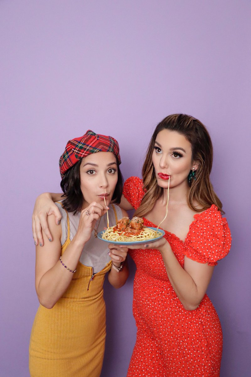 Hey Lizzie fans, watch @TheLalaine and I get saucy🍝youtu.be/xR-JQl2Hr6I