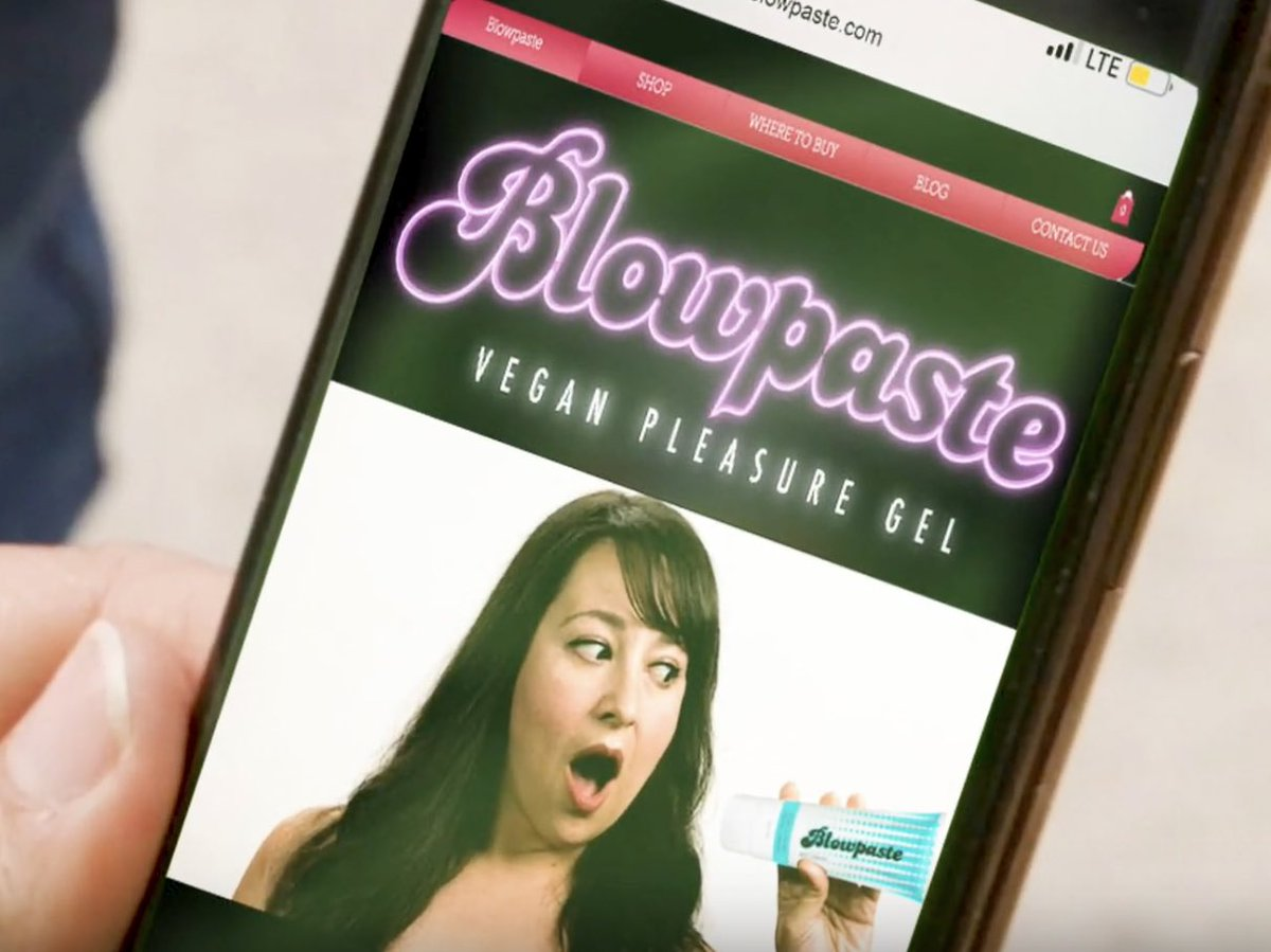 Did anyone catch the ACTUAL brand featured in Episode 4 of #FabUlesstheSeries? @Blowpaste 😂😏