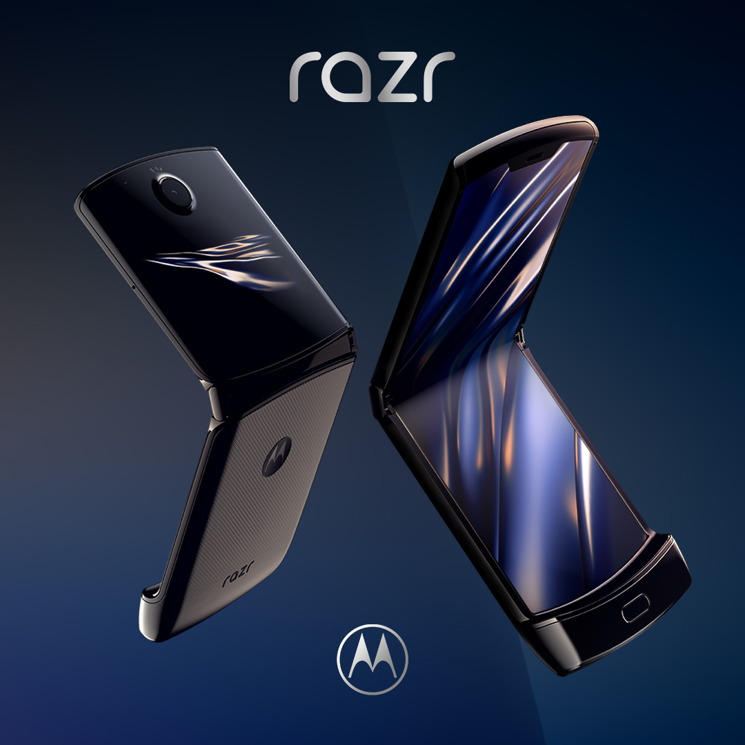 Can't wait to get your hands on #razr? ❤️ this tweet to get a reminder from @MotorolaUS when razr goes on pre-sale Dec. 26. #feeltheflip