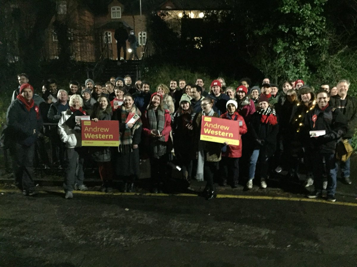🤩 50+ easy out tonight in #Timperley for @AndrewHWestern - that's a record for evening canvassing in #ASW 🎉 Just love it when GE 2017 Tories tell me they're voting @UKLabour for the first time IN #GE2019 👏 They've had enough of austerity and Brady's Hard Brexit tendencies