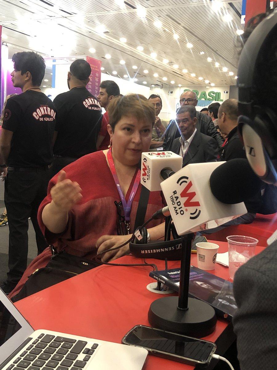 En #AsiLasCosasConLoret @WRADIOMexico la escritora Roberta Garza.  Hablamos de su libro Márcame, amo. Síguela en vivo: https://www.facebook.com/wradiomx/videos/604478533633489?vh=e&d=n&sfns=mo…