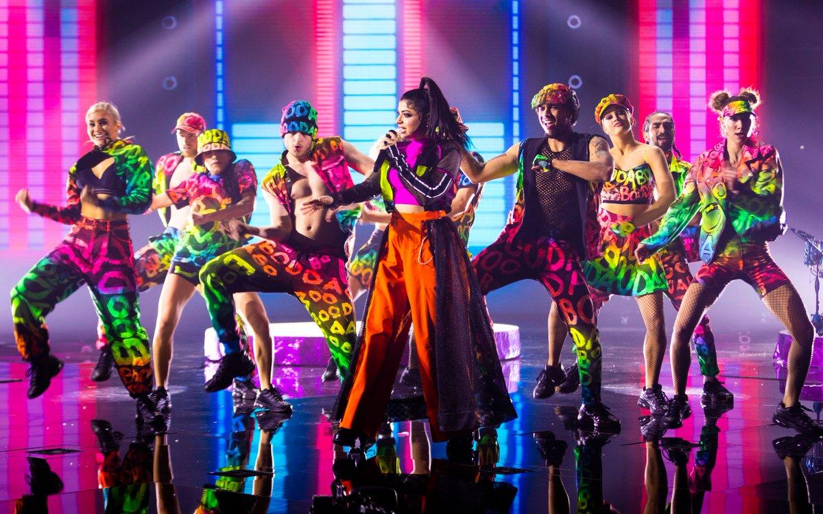 🎸 Come sempre, anche per la #semifinale la scenografia dei #Booda spacca!✨  Chi è stato il migliore fino ad ora, secondo voi?🤔  #XF13 #Band #DibbyDibbySound @booda_real @XFactor_Italia https://t.co/36RGX9Sp5Z