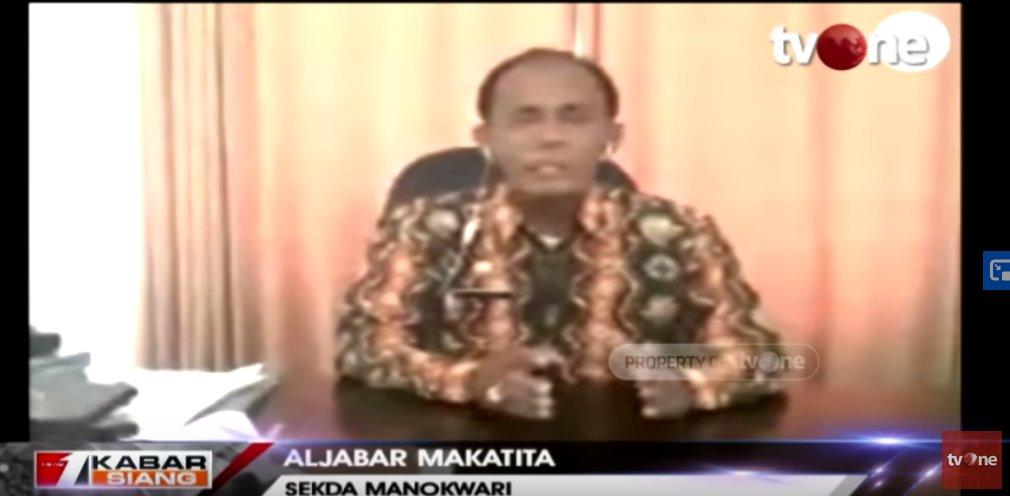 Heboh! Sebuah Sekolah Dasar di Manokwari Larang Siswi Berhijab http://ow.ly/djBq50xsod4Saksikan video berita lain di youtube channel tvOneNews #tvOneNews