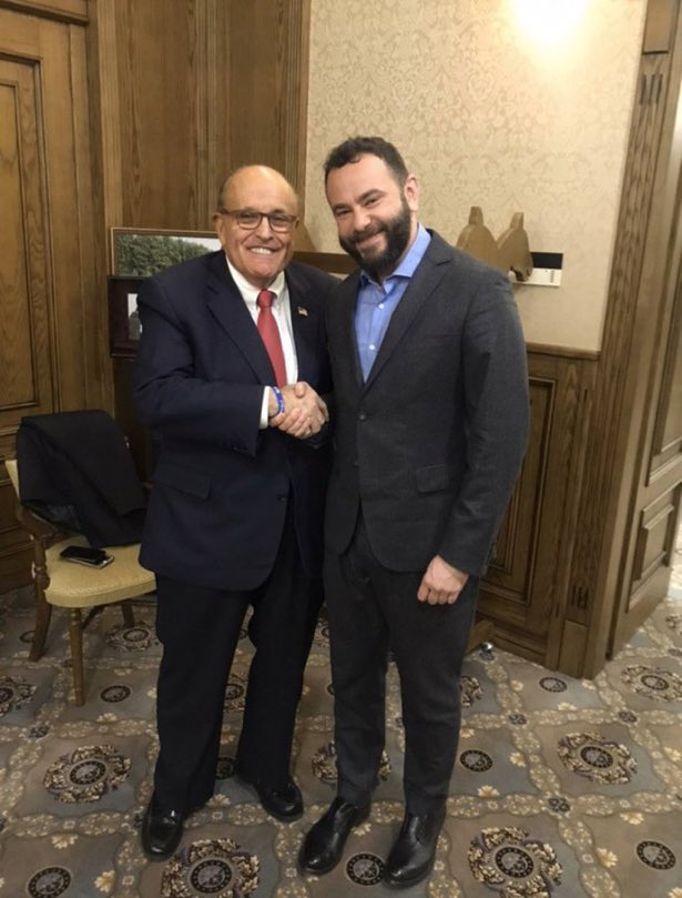 Rudy's looking for Al Capone's vault in Ukraine, where's Geraldo?