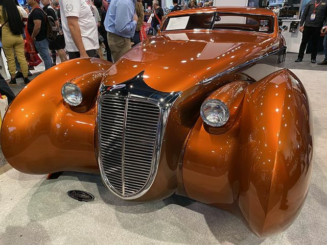"""Illusion"" Completely hand formed from raw sheets of aluminum in the spirit of the old carrozzieri (coach builders). Designed and built by Rick Dore. Body by Marcel's. #sema2019 #rickdore  https:// ift.tt/2Ph3GNE     <br>http://pic.twitter.com/lDM5boQU6B"