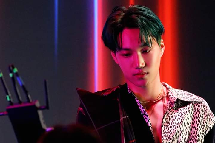 EXO 'Obsession' MV Behind Photo  #KAI #OBSESSION  #OBSESSEDwithEXO #EXO_THE_STAGE #ObsessedWithKai #EXOonearewe  #weareoneEXO <br>http://pic.twitter.com/jGzf0JufZ0
