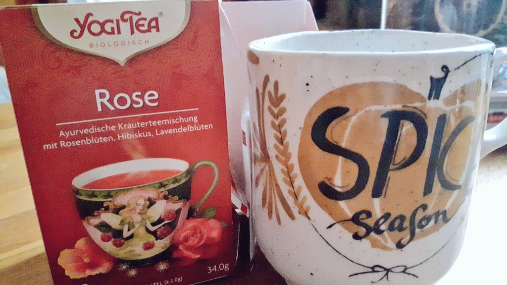 Spicing up a rainy morning!    #RainyDay #FridayMorning @yogiteaeurope<br>http://pic.twitter.com/IcQqEDsVs6