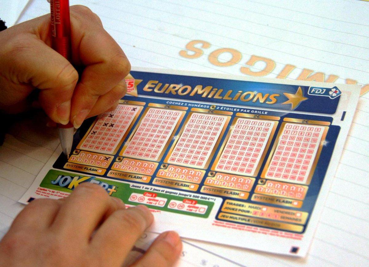 🤑 #EuroMillions : le gain maximal augmente de 60 millions d'euros ! https://t.co/R0EhkgaL4C https://t.co/0foDhB4H6P