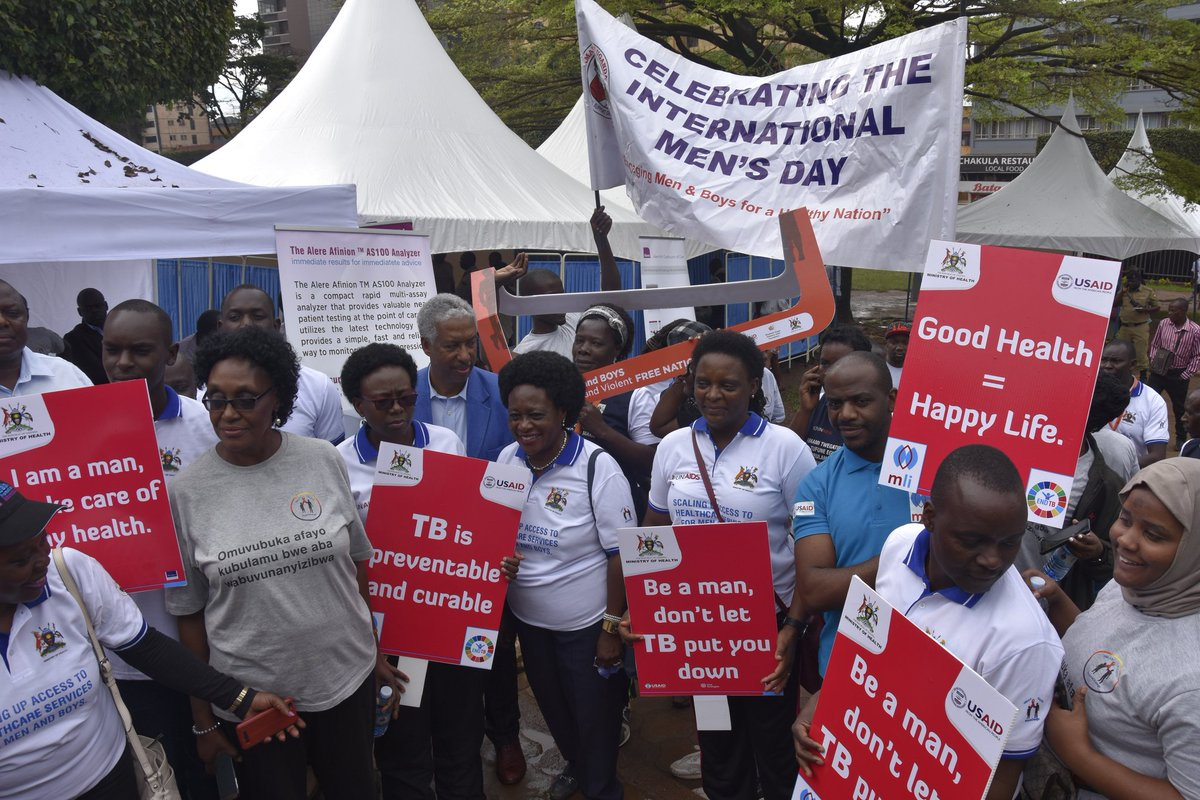 We march to end Gender based violence, HIV/AIDs, Tuberculosis and fight for equality and involvement in matters affecting our families and societies. @RHUganda @SonkeTogether @STFUganda @MinofHealthUG  #InternationalMensDay #16DaysOfActivism #orangetheworld