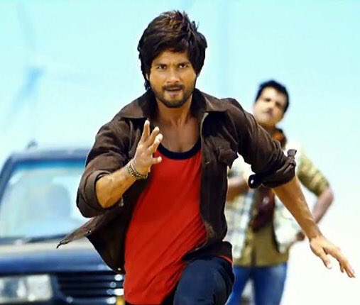 Hey hey hey! Romeo ki Jai !  #6YearsOfRRajkumar Loved so much @shahidkapoor'sraw & rugged action avatar which he aced with sparkling flair! And was absolutely enthralling with romance, dance, comedy in this full on entertainer <br>http://pic.twitter.com/6RD932fgA0