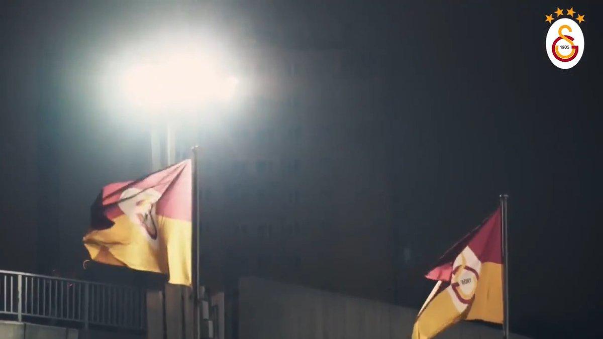 🏆 Süper Lig Cemil Usta Sezonu🗓 14. Hafta🆚 Aytemiz Alanyaspor 📆 07.12.2019⏰ 20.00🏟 Türk Telekom Stadyumu📲#GSvALN🔗https://www.galatasaray.org/haber/futbol/maca-dogru-galatasaray-aytemiz-alanyaspor/45627…