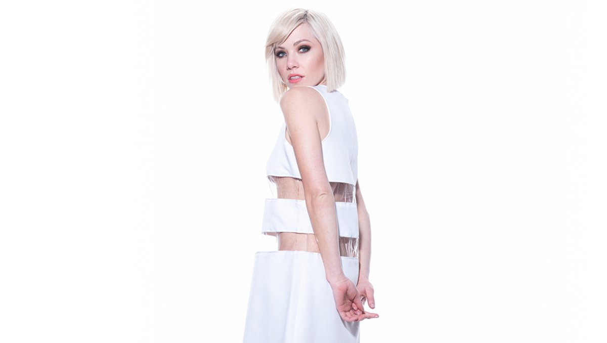 ON SALE NOW: Don't miss @carlyraejepsen live on stage on 7th Feb! Get tickets: bit.ly/2qnbjcM