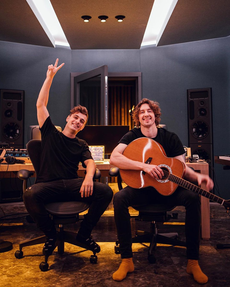 Who is ready for the acoustic version?? @deanlewismusic