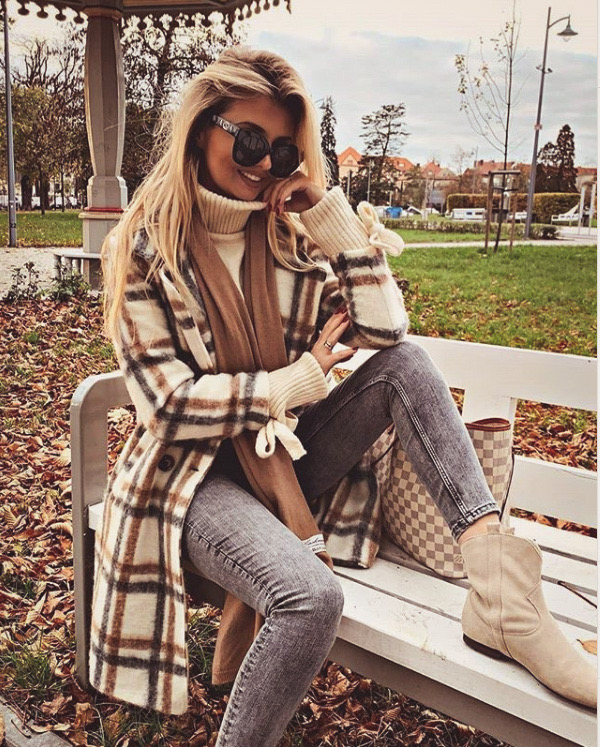 Protect your eyes from that autumn sun and shop our bestsellers.   #love #instagood #style #dogstagram #me #fashion #cute #tbt #foodporn #photooftheday #instamood #follow #iphonesia #food #motivation #Instagramhub #gucci #eyewear #fendi #dior #glasses #sunglasses