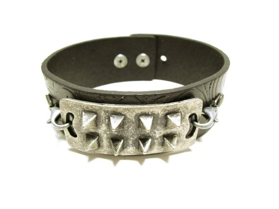 Black Leather Spike Cuff Black Faux Leather Bracelet With Spikes Goth #Style Spike Cuff #Gift Idea For Him Or Her #JEWELRY CUFF #wrapbracelets #handmade #fashion #giftideas #giftforher #bracelets