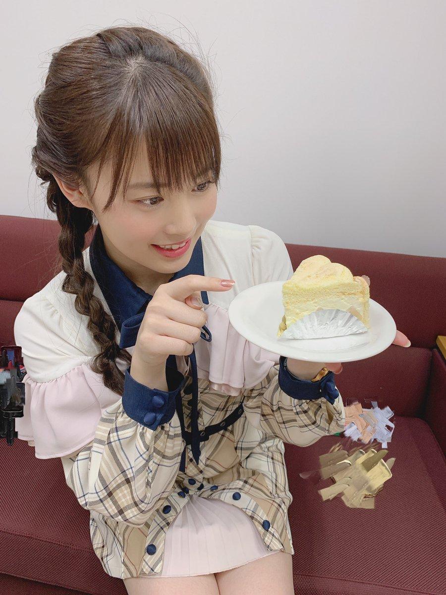 NHK水戸『いば6』今年は最後の出演でした〜(  OvO  )まさか自分のコーナーまで作っていただけるなんて...! 暖かな方たちに囲まれて毎回とても幸せな気持ちになる〜!来年もよろしくお願いします!観てくださった方ありがとうございました〜!桃のケーキ🍑美味しかった〜(  °▽°  )