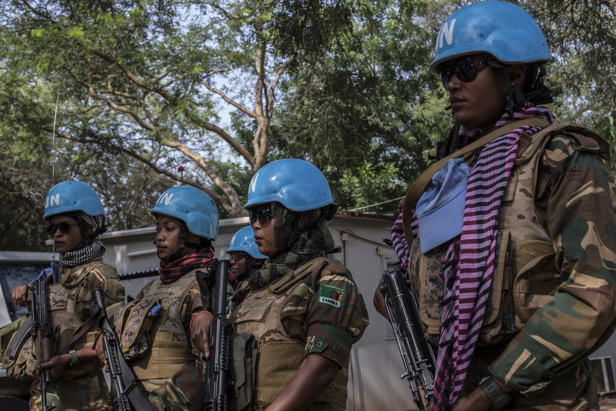 To strengthen performance and effectiveness, we are increasing the number of women in peacekeeping at all levels. In @UN_CAR, women soldiers on patrol have helped reduce the number of cases of conflict-related sexual violence. #A4P #UNSCR2436 #PKPerformance