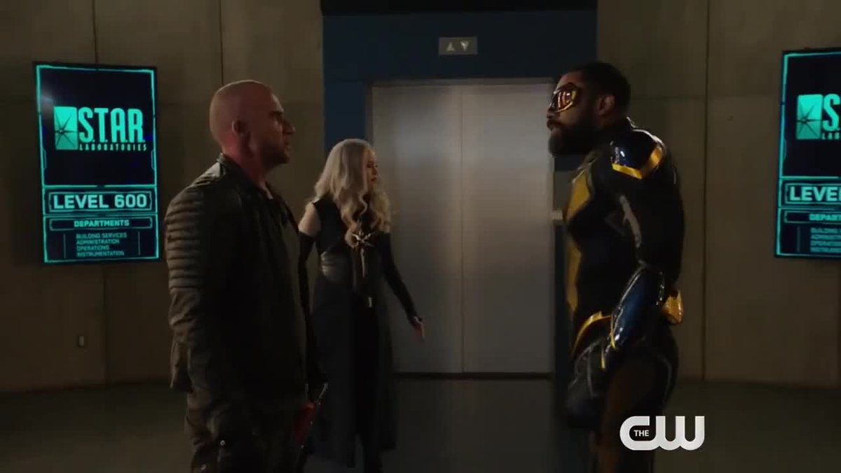 Level 600? How many levels does Star Labs have?! 👀🤨😂 #TheFlash #CrisisOnInfiniteEarths