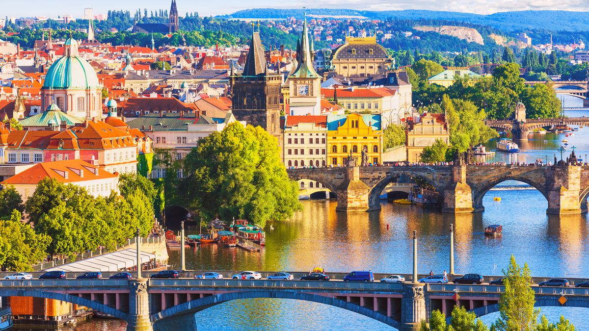 Prague in spring: 2nt 4* stay at excellent central hotel with flights & breakfast from £94pp http://dlvr.it/RKp6RF   #SME #ThursdayThoughts #FridayThoughts #SaturdayMorning #SundayThoughts #MondayMotivation #TuesdayThoughts #WednesdayWisdom