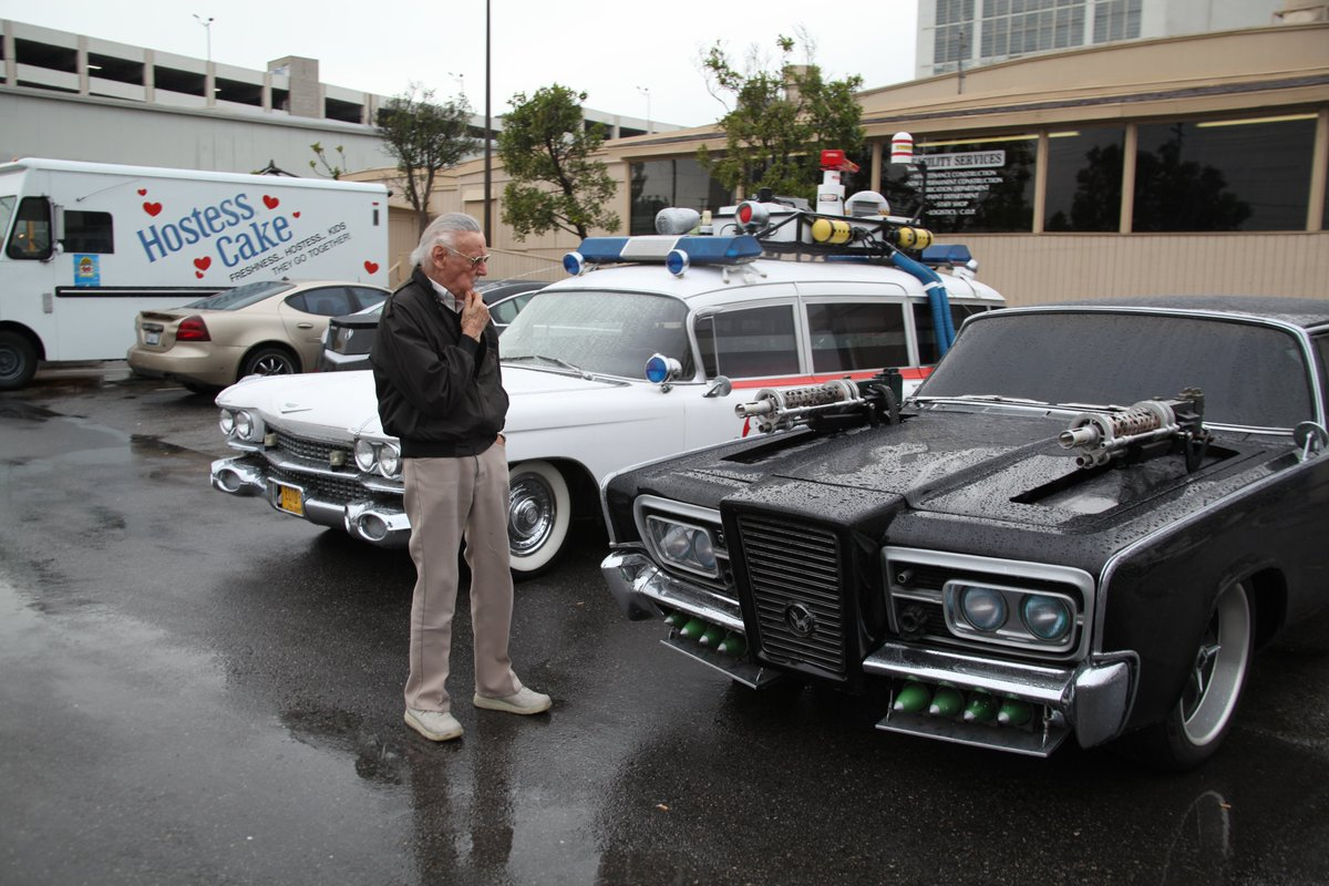 Decisions, decisions. Which ride do you think Stan chose? #FlashbackFriday