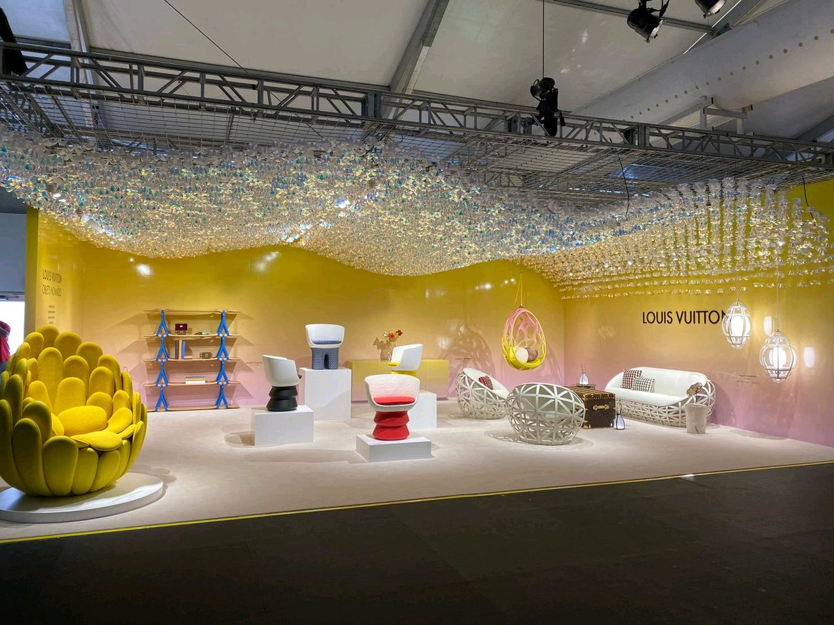 LOUIS VUITTON hosts #LVObjetsNomades exhibition at #designMiami @LouisVuitton<br>http://pic.twitter.com/2rNib0o3eY