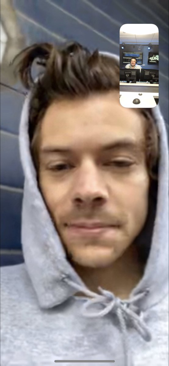 Yes, we recorded our FaceTime with @Harry_Styles. Yes, we'll be posting a BUNCH of clips including answers to some of your twitter questions really soon. #HarryOnHits1