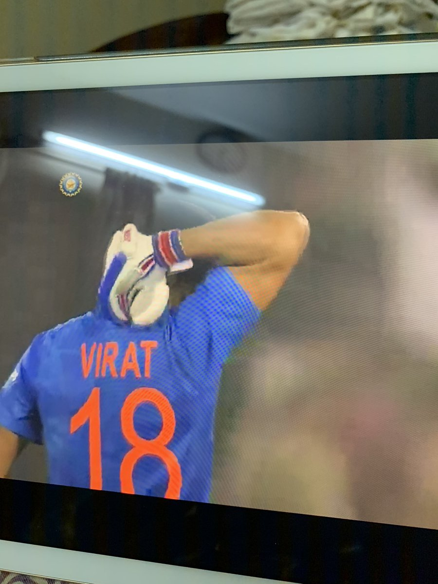 And that's how you chase down a huge total #chasemaster #vkohli #INDvsWI