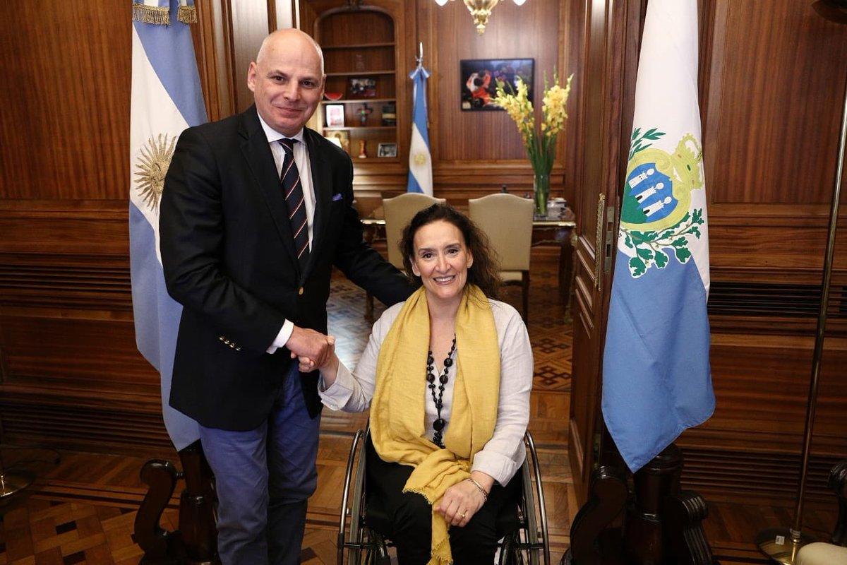 Junto al Embajador de San Marino en Argentina, Dr. Giovanni Maria D`Avossa en @SenadoArgentina https://t.co/HEkR7MWKIz
