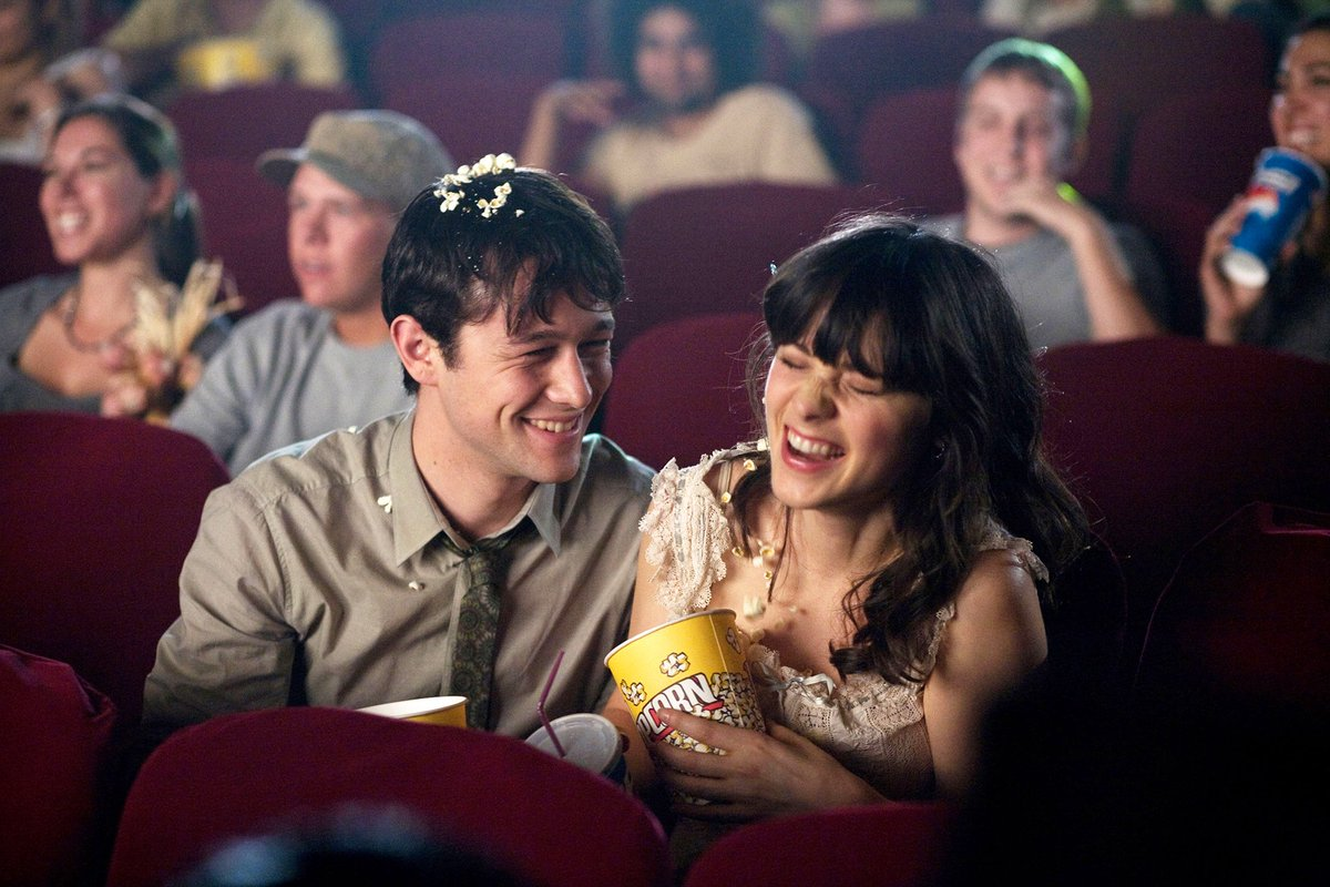 Cinema in movies:  — (500) Days of Summer — La La Land — Hugo — Taxi Driver <br>http://pic.twitter.com/rqeLayDh2n