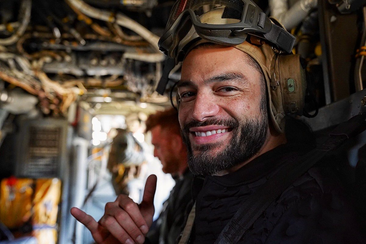 I love this picture of Roman. Superstars spent time with our troops earlier today. Tonights SmackDown will be the 17th annual  Tribute to The Troops   #RomanReigns #TheBigDog  #TributeToTheTroops