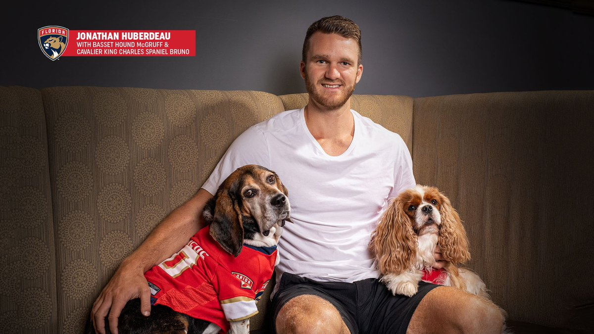 Pick up a #FlaPanthers and Paws Calendar to support our Florida Panthers Foundation 🐶