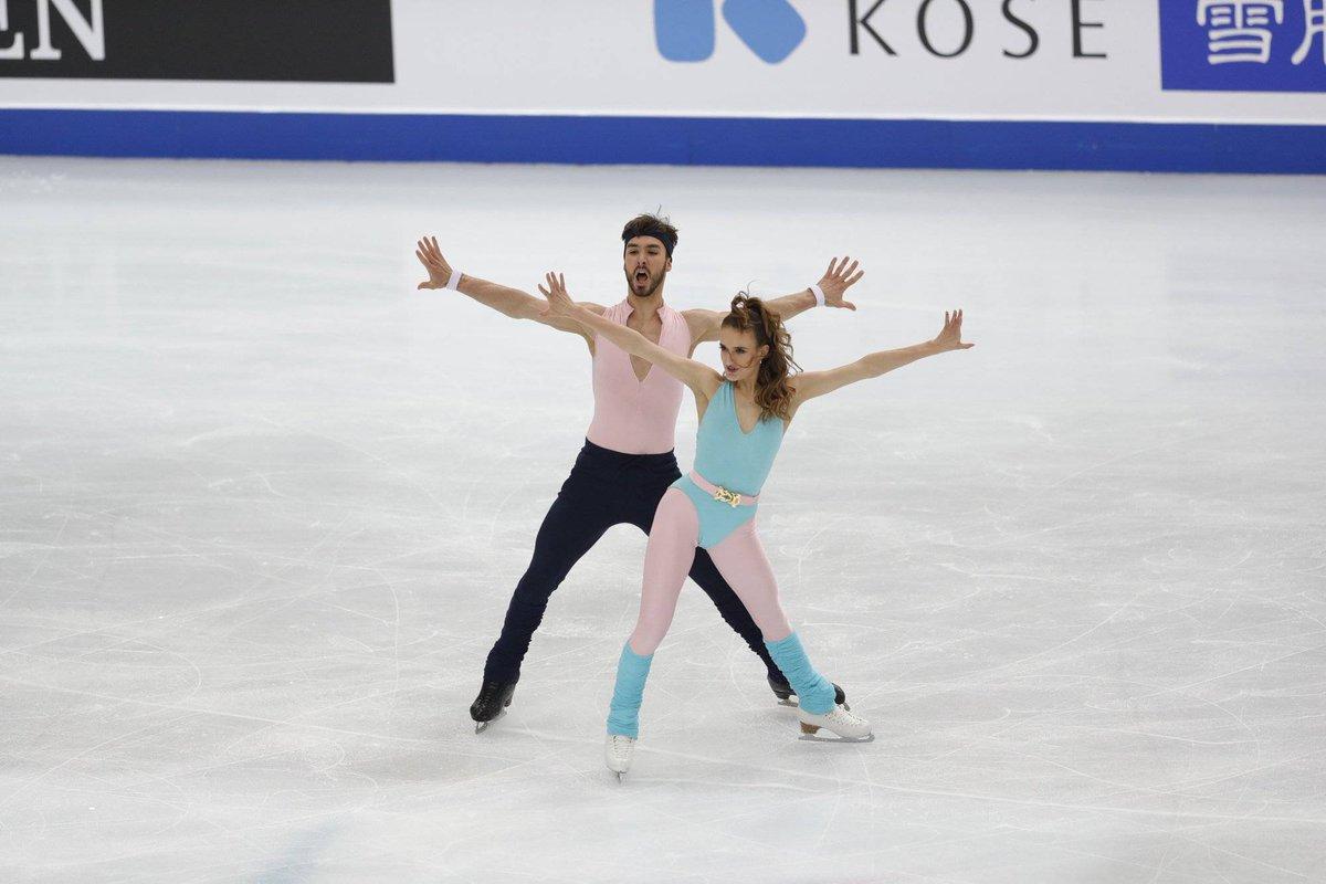 Finale du Grand Prix : Gabriella Papadakis et Guillaume Cizeron premiers après la danse rythmique  http:// ow.ly/jwvM30pZHcf    <br>http://pic.twitter.com/y1vJxgzEIG