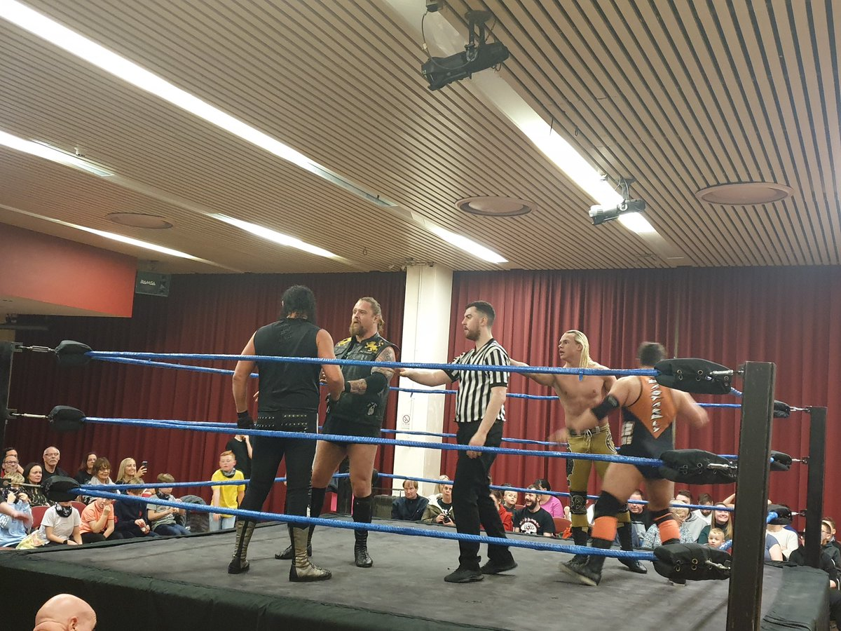 More tag team action at @bcwofficial as @NXTUK star and #Gallus boy @WolfgangYoung and @GlasgowJester take on @KezEvans95 and @LeytonBuzzard !