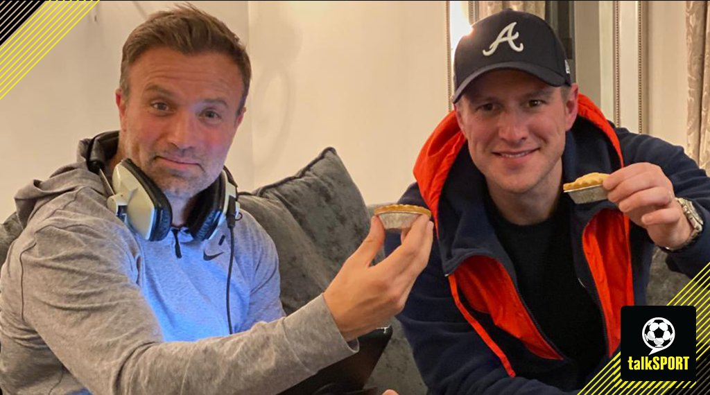 NOW: The Sports Bar- Northern Quarter! Join @AdamCatterall and @MickyGray33 for your Friday evening entertainment! Coming Up 👇 🔵 Big Duncan returns! 🐝 Pearson joins Watford! ❓ Another mystery guest 📞 Call - 08717223344 📻 Listen -tlks.pt/ListenLive