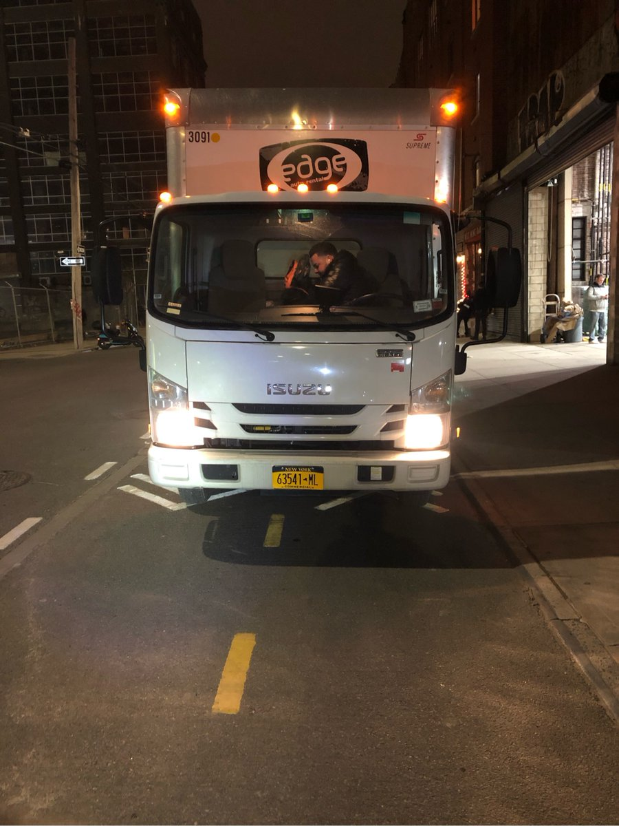 The driver 63541MJ blocked the bike lane near 79A West St on December 6. This is in Brooklyn Community Board 01 & #NYPD94. #VisionZero #BlockedBikeNYC